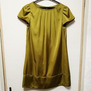 マウジー(moussy)のブラックバイマウジー 光沢ドレス(ミディアムドレス)