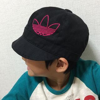 アディダス(adidas)のアディダス♪キャスケット帽子♪54センチキッズゴルフにも◉(帽子)