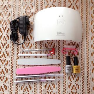 LED &UVジェル対応 ジェルネイル UVライト ランプ(ネイル用品)