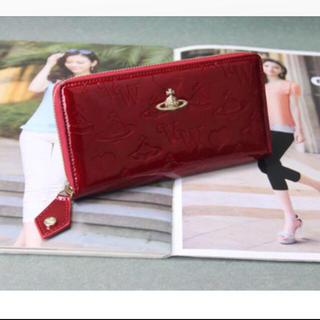 32d949ec4053 ヴィヴィアンウエストウッド(Vivienne Westwood)のヴィヴィアンウエストウッド 赤 長財布(財布
