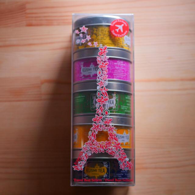クスミティーパリ限定パッケージ KUSMI TEA 紅茶 食品/飲料/酒の飲料(茶)の商品写真