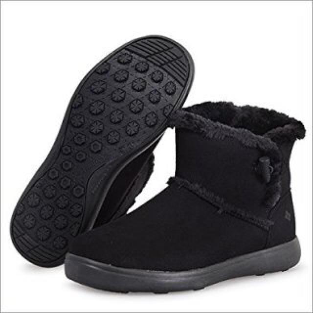 Columbia(コロンビア)の【新品未使用】コロンビア ベアフットマウンテン17 ブラック 25cm レディースの靴/シューズ(ブーツ)の商品写真