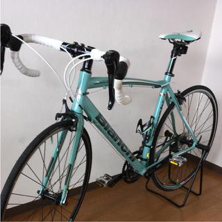 ビアンキ(Bianchi)の美品【送料込】ビアンキ ロードバイク ニローネ(自転車本体)