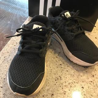アディダス(adidas)のadidasスニーカー23㎝(スニーカー)