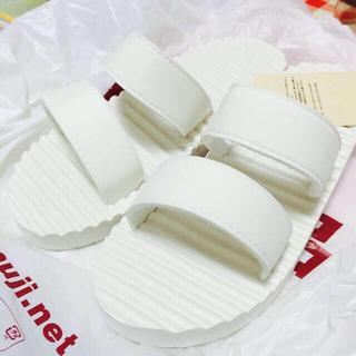 ムジルシリョウヒン(MUJI (無印良品))の白 サンダル(サンダル)