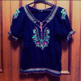 パラビオン(Par Avion)のPar Avion / 花刺繍tops(Tシャツ(半袖/袖なし))