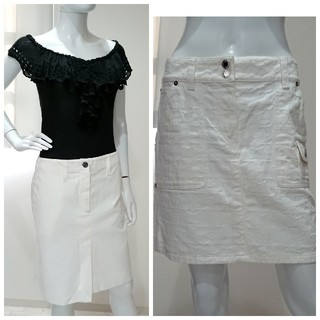 ルイヴィトン(LOUIS VUITTON)のLV♡モノグラム ホワイト デニム スカート(ひざ丈スカート)