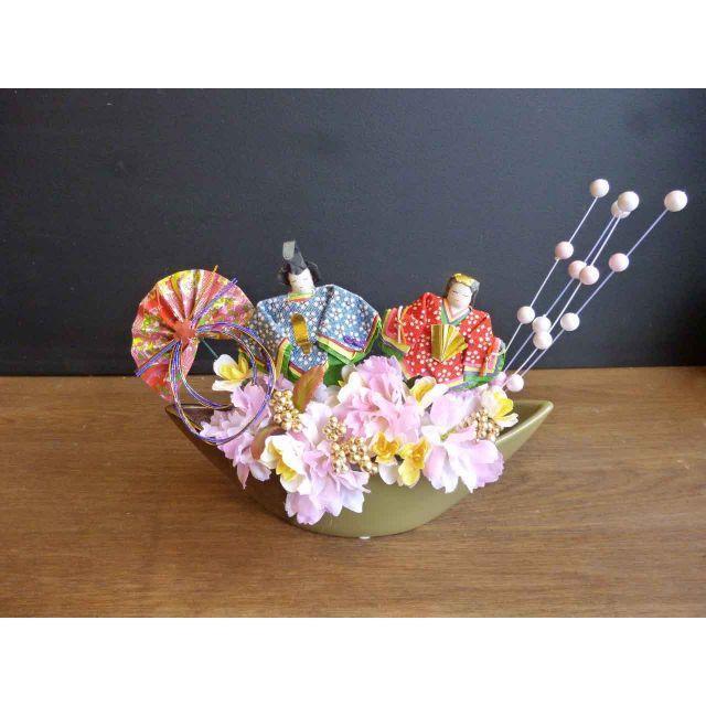 【ひな祭り】三日月器の桃の節句アレンジ ー餅花 ハンドメイドのフラワー/ガーデン(その他)の商品写真