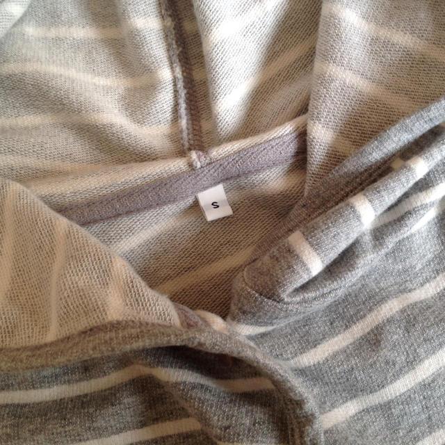 MUJI (無印良品)(ムジルシリョウヒン)の無印良品 ルームウェア パーカー S レディースのルームウェア/パジャマ(ルームウェア)の商品写真