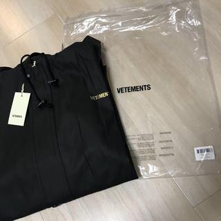 バレンシアガ(Balenciaga)の新品 正規品 Vetements Raincoat Black 17AW(その他)