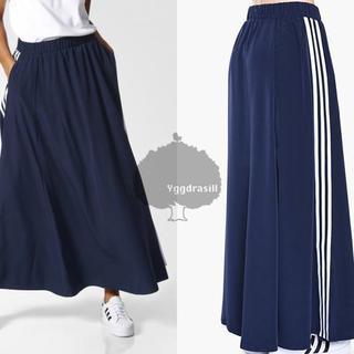 アディダス(adidas)のYGG★アディダス adidas 3ストライプ フレアロングスカート(ロングスカート)