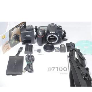ニコン(Nikon)の希少 新品級 総ショット600回 nikon ニコン d7100(デジタル一眼)