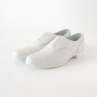 ショセ(chausser)のショセ トラベルシューズ 40 ホワイト 革靴(ローファー/革靴)
