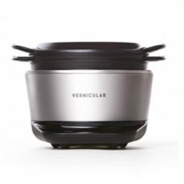 Vermicular(バーミキュラ)の専用です。  バーミキュラ ライスポット ソリッドシルバー RP23A-SV スマホ/家電/カメラの調理家電(炊飯器)の商品写真