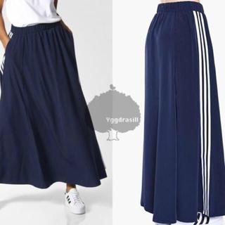 アディダス(adidas)の3ストライプフレアロングスカート(ロングスカート)