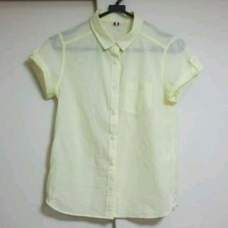 ジーユー(GU)のgu パステルイエロー シャツ(シャツ/ブラウス(半袖/袖なし))