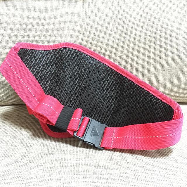 adidas(アディダス)のadidas ランニング用ウエストポーチ レディースのバッグ(ボディバッグ/ウエストポーチ)の商品写真