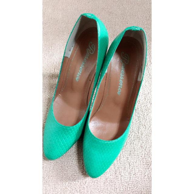 R&E(アールアンドイー)の美品 R&E パンプス レディースの靴/シューズ(ハイヒール/パンプス)の商品写真