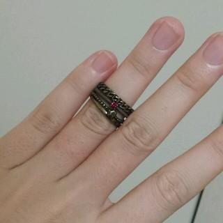 アングリッド(Ungrid)の4連 リング レッド(リング(指輪))