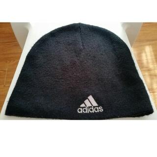 アディダス(adidas)のアディダス ニット帽 ブラック(ニット帽/ビーニー)