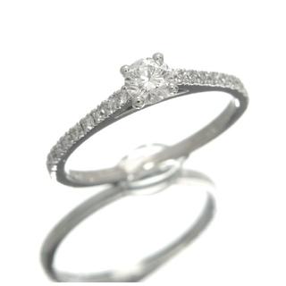 デビアス(DE BEERS)のじゅんこ様専用デビアス debeers エンゲージリング ダイヤモンド 婚約指輪(リング(指輪))