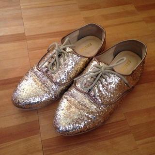 ランダ(RANDA)のキラキラローファー(ローファー/革靴)