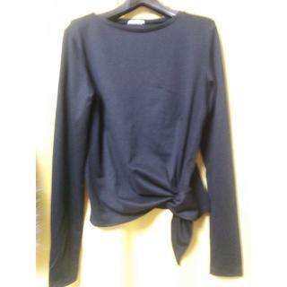 ジーユー(GU)の≪未使用≫GUクールネックデザイン長袖カットソー Lサイズ 黒(Tシャツ(長袖/七分))