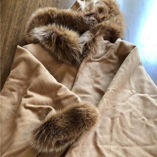 アルファキュービック(ALPHA CUBIC)のアルファーキュービックマントコートとワールドトップス(毛皮/ファーコート)