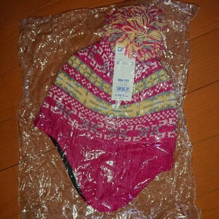 ジーユー(GU)のGU KIDS用耳当て付きのピンクのニットキャップ(帽子)