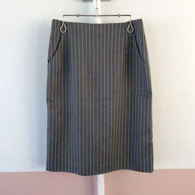 UNIQLO(ユニクロ)のUNIQLO♡ピンストライプスカート(グレー) レディースのスカート