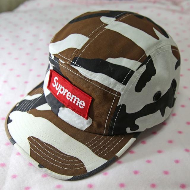 Supreme(シュプリーム)のほのみ さま専用★Supreme★Camo Camp Cap  2016A メンズの帽子(キャップ)の商品写真