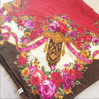ヴァレンティノガラヴァーニ(valentino garavani)のスカーフ ヴァレンティノカラヴァーニ(バンダナ/スカーフ)