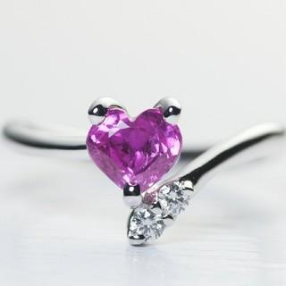 ハートシェイプ ピンクサファイアリング ダイヤモンド2石(リング(指輪))