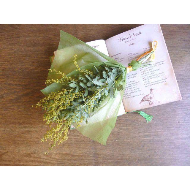 【春待ちミモザ】ミモザのスワッグ ハンドメイドのフラワー/ガーデン(ドライフラワー)の商品写真