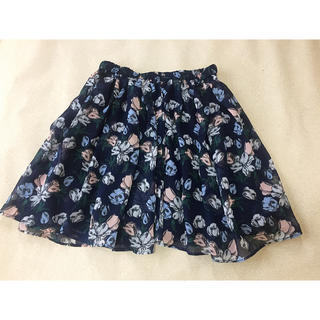 ジーユー(GU)の大人可愛い♡GUの花柄スカート(ミニワンピース)