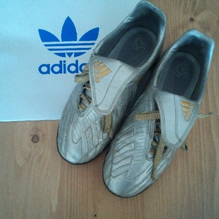 アディダス(adidas)の★アディダス♪トレーニングシューズ★(シューズ)