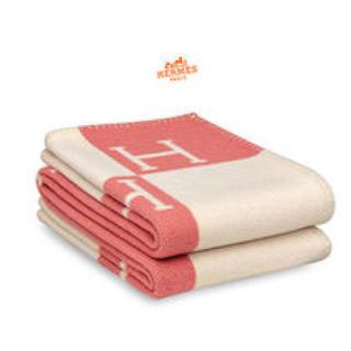 エルメス(Hermes)のAvalon ブランケット ピンク GUCCI ヴィトン フェンディ 毛布(毛布)