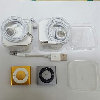 アップル(Apple)のiPod シャッフル 初期化済 2個セット イヤホン新品(ポータブルプレーヤー)