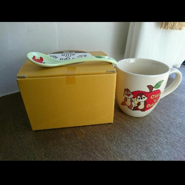 チップ&デール(チップアンドデール)のチップとデール マグカップ スプーンセット インテリア/住まい/日用品のキッチン/食器(グラス/カップ)の商品写真