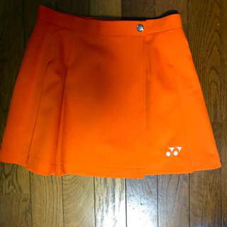 ヨネックス(YONEX)のYONEX テニス スカート オレンジ ポケット付(ウェア)