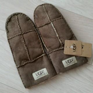 アグ(UGG)の1点もの UGGレディース本革手袋(手袋)