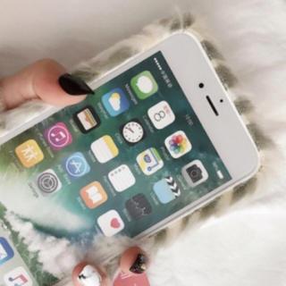 iPhone8ファーケース(iPhoneケース)