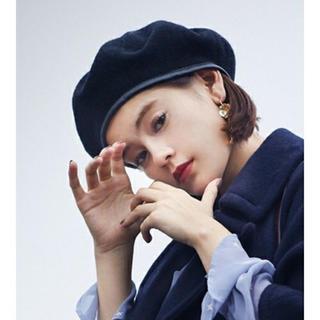 マーキュリーデュオ(MERCURYDUO)の新品レザーベレー帽(ハンチング/ベレー帽)