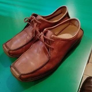 クラークス(Clarks)の2/28まで値引き価格クラークスシューズ(ローファー/革靴)