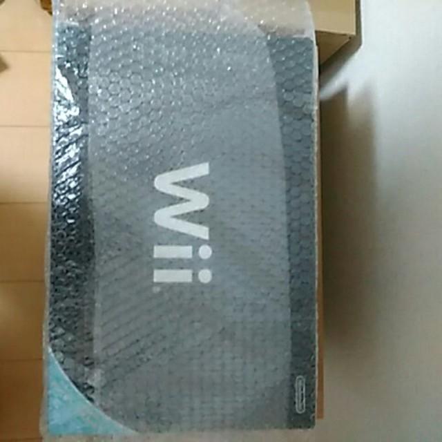 Wii(ウィー)の新品wii 本体リモコンプラス付き エンタメ/ホビーのテレビゲーム(家庭用ゲーム本体)の商品写真
