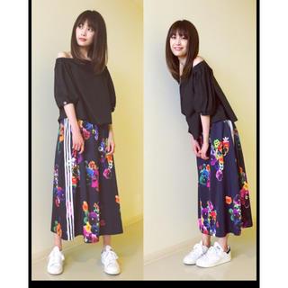 アディダス(adidas)のadidas originals 花柄 ロングスカート(ロングスカート)