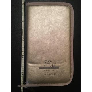ルナソル(LUNASOL)の【新品未使用】【非売品】ルナソル パスポートケース(ノベルティグッズ)