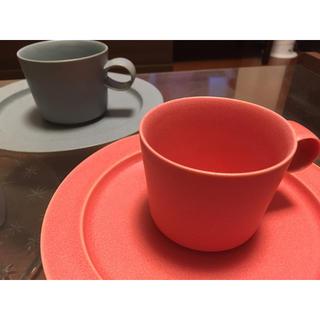 イッタラ(iittala)のイイホシユミコ ペアカップ&プレート アンジュール(食器)