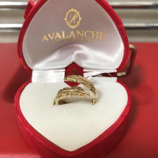 アヴァランチ(AVALANCHE)のAVALANCHE 10k ジルコニア石フェザーリング(Tシャツ/カットソー(半袖/袖なし))