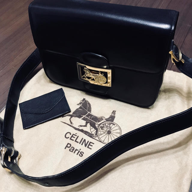 608a5334fc05 celine(セリーヌ)のCELINE セリーヌ 馬車金具 ショルダー バック レディースのバッグ(ショルダー